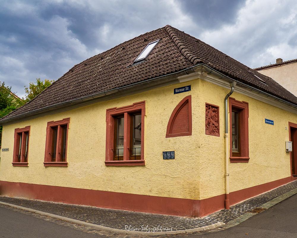 Oppenheim_GelbesHausO9285749_1064-