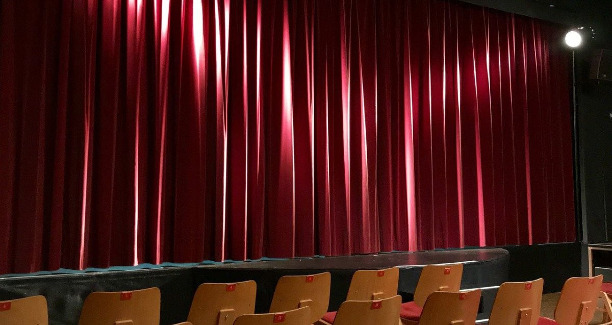 auditorium-3079906_1200